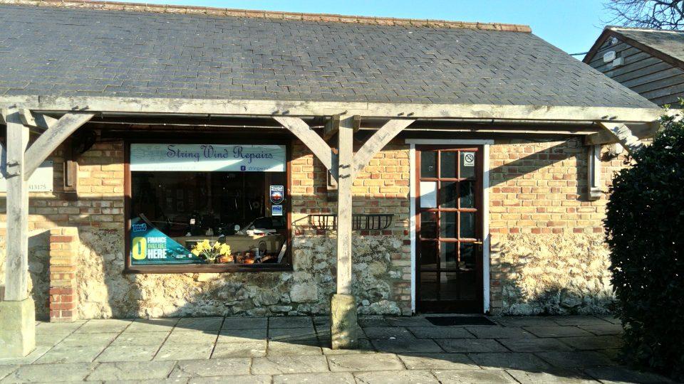 StringWind Repairs Shop